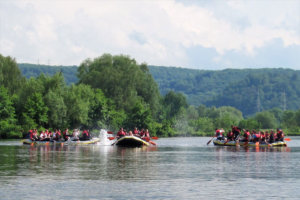Rafting beim Sommerevent